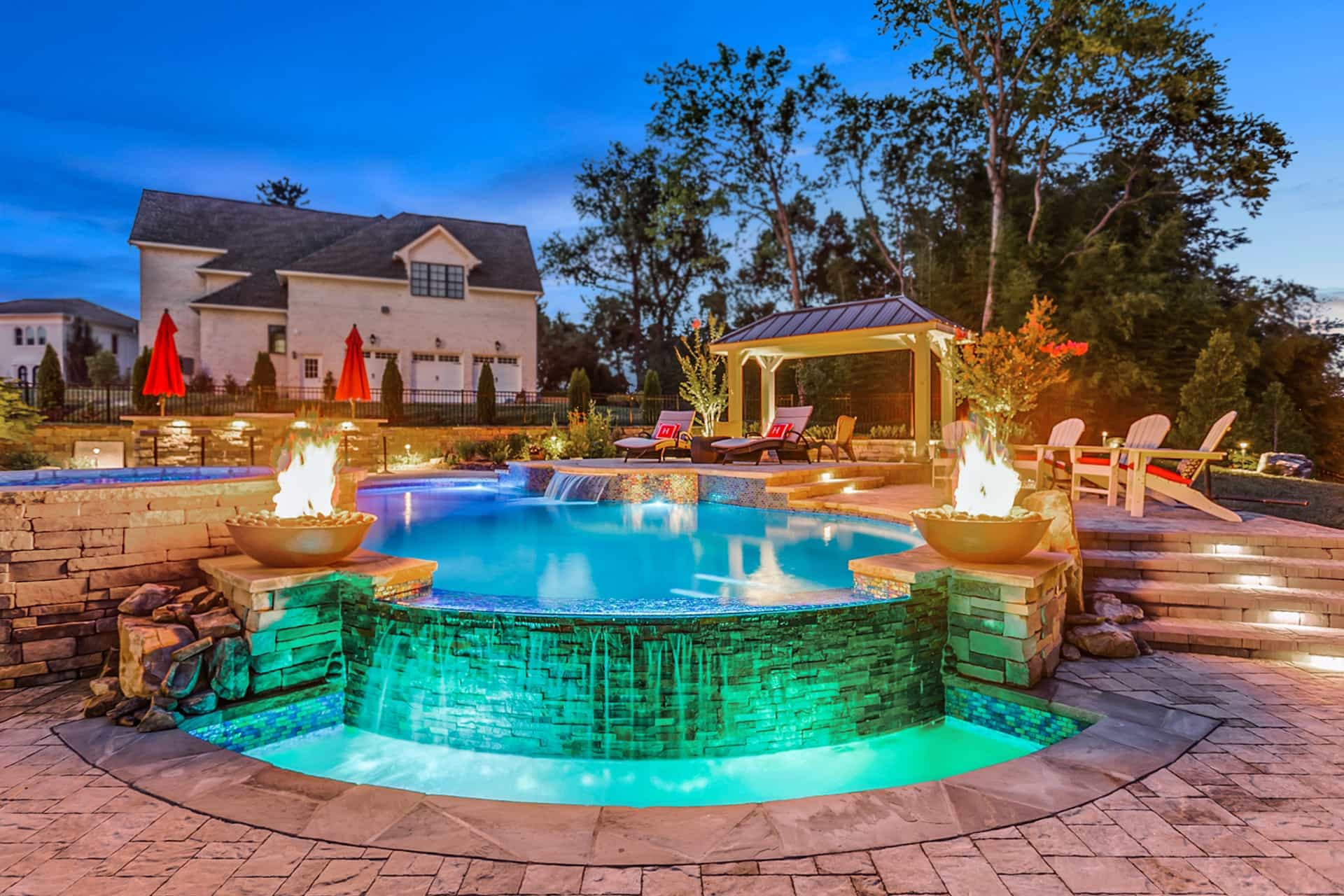 Nashville custom pool builder