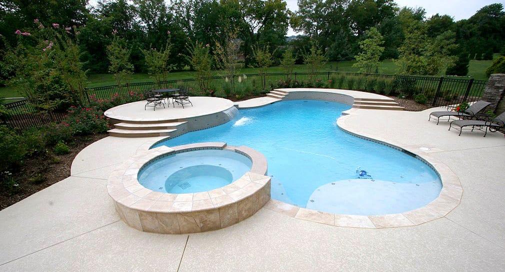 Custom pool gallery freeform pools and spas by peek for Pool design nashville