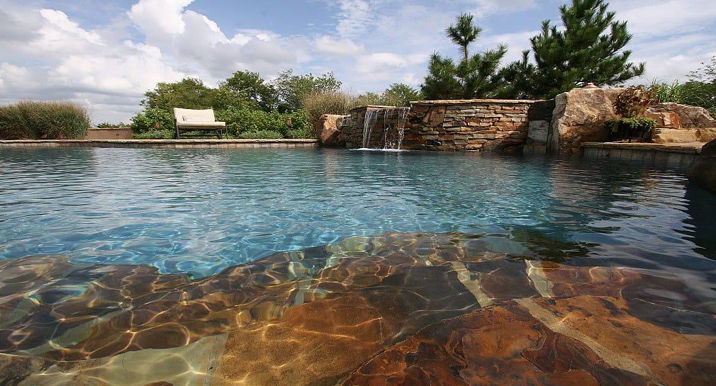 Custom pool gallery natural pools and spas by peek pools for Custom pools