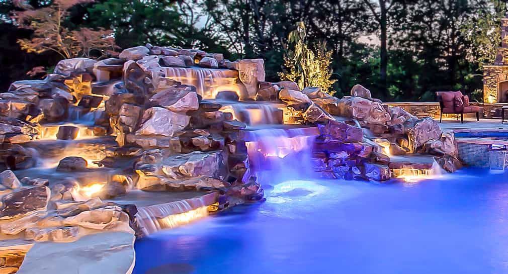 Cascading waterfall for a custom pool